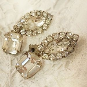⛏VINTAGE💋 Here comes the bride clip earrings